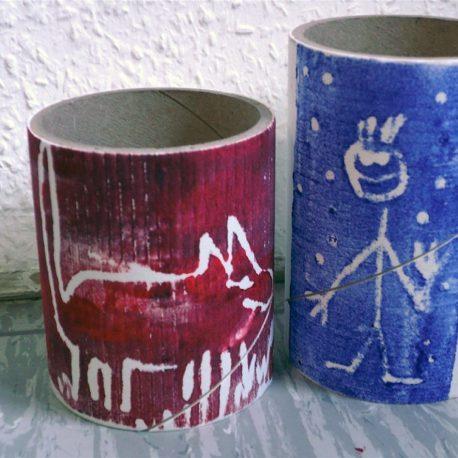 Jugendkunstschule: Von der Rolle auf die Rolle –Bedruckte Objekte